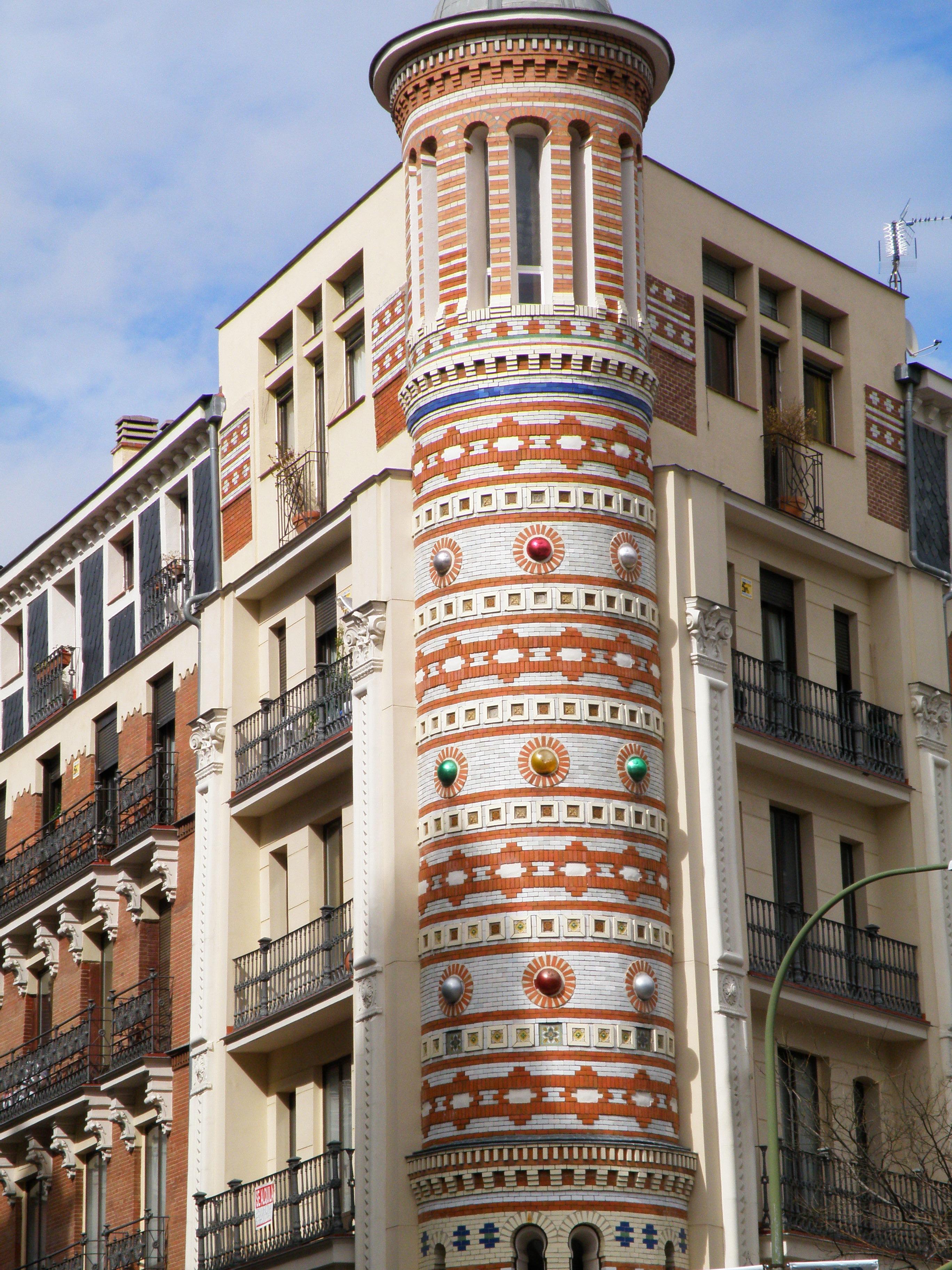 Madrid moderno um brasileiro na espanha for Madrid moderno